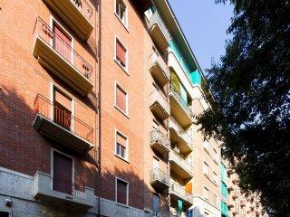 Foto 1 di Trilocale corso Sebastopoli 52, Torino (zona Lingotto)
