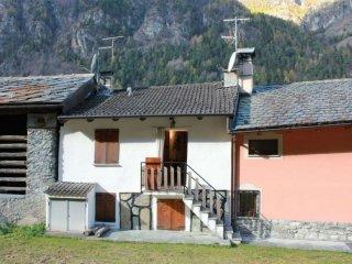 Foto 1 di Appartamento borgo Antey Saint Andrè frazione Lillaz 11020 Antey Saint Andre 50, Antey Saint Andrè