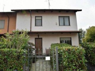Foto 1 di Villa via Donio 54, Mercenasco