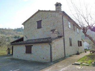 Foto 1 di Rustico / Casale contrada Tre Querce 4, frazione Coste, Staffolo
