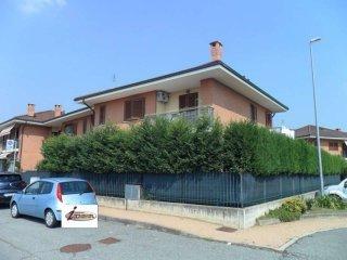 Foto 1 di Appartamento via San Benedetto Menni, San Maurizio Canavese