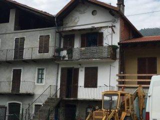 Foto 1 di Casa indipendente via San Sebastiano 26, Lanzo Torinese