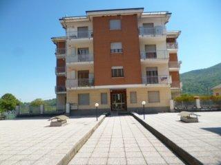 Foto 1 di Quadrilocale Via Dante, 6, Piasco