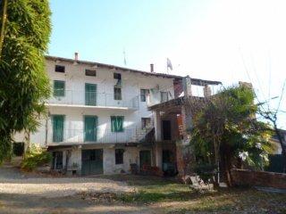 Foto 1 di Rustico / Casale via porporato, 7, Piasco