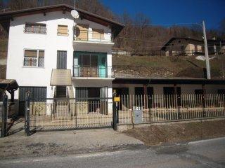 Foto 1 di Casa indipendente casale san bernardo, 5, Frassino