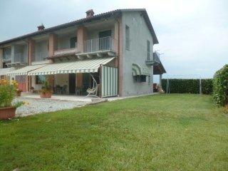 Foto 1 di Casa indipendente via regione paracollo , 12, Saluzzo