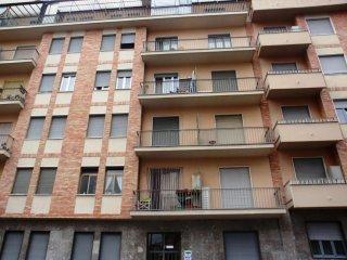 Foto 1 di Bilocale via Pertengo 5, Torino (zona Barriera Milano, Falchera, Barca-Bertolla)
