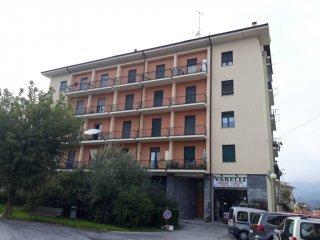 Foto 1 di Appartamento piazza Stazione 6, Dronero