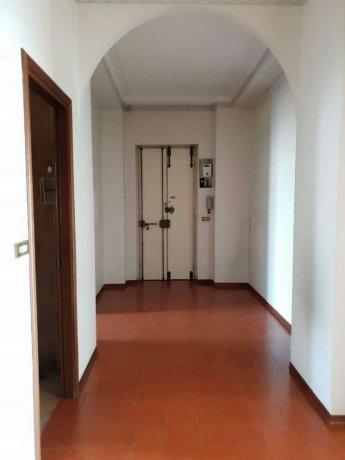 Foto 7 di Trilocale corso giulio cesare, Torino (zona Valdocco, Aurora)