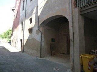 Foto 1 di Palazzo / Stabile VIA BATTISTI,4, Lozzolo