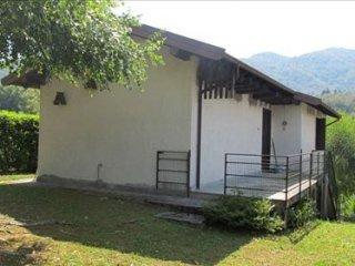 Foto 1 di Casa indipendente VIA PER BOLETO, Madonna Del Sasso