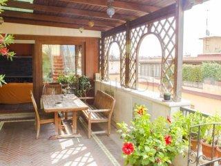 Foto 1 di Appartamento via Rodolfo Falvo, Napoli (zona Vomero, Arenella)