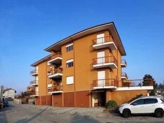 Foto 1 di Appartamento via Primino Frassato 81, Caluso