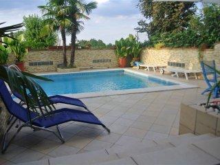 Foto 1 di Villa via Raibolini, Zola Predosa