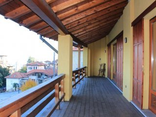 Foto 1 di Palazzo / Stabile frazione Vedasco, Stresa