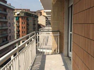 Foto 1 di Quadrilocale via Monginevro, Torino (zona Parella, Pozzo Strada)