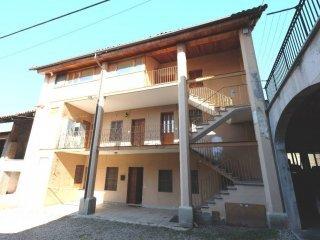 Foto 1 di Casa indipendente via Asilo 12, Burolo