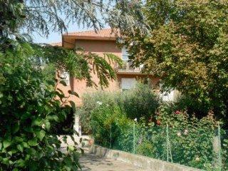 Foto 1 di Villa frazione Ponticelli, Imola