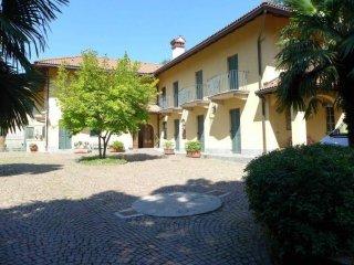 Foto 1 di Rustico strada Santa Brigida, Moncalieri