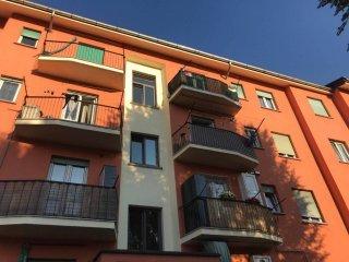Foto 1 di Trilocale via Buthier, Aosta