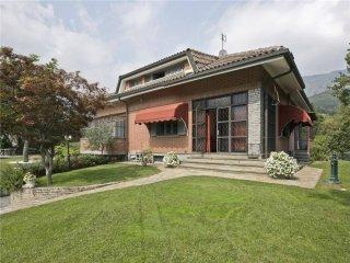 Foto 1 di Villa via mulino , 12, Val Della Torre
