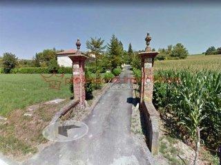 Foto 1 di Villa Storica via Tepice, Pino Torinese