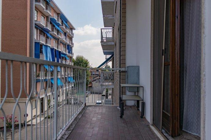 Foto 9 di Trilocale Villastellone