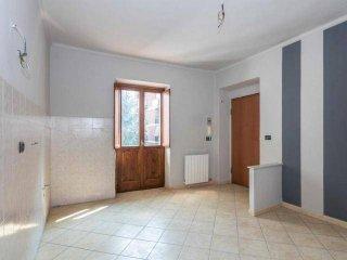 Foto 1 di Bilocale via pettinengo, Torino (zona Lucento, Vallette)