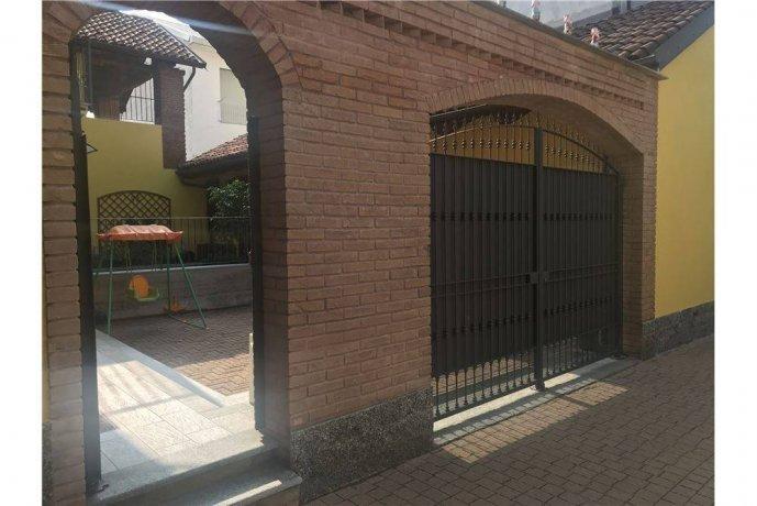 Foto 3 di Villa via Parrocchia, 2, Villastellone