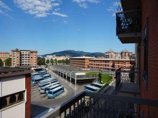 Foto 1 di Bilocale via Fiochetto 14, Torino (zona Valdocco, Aurora)