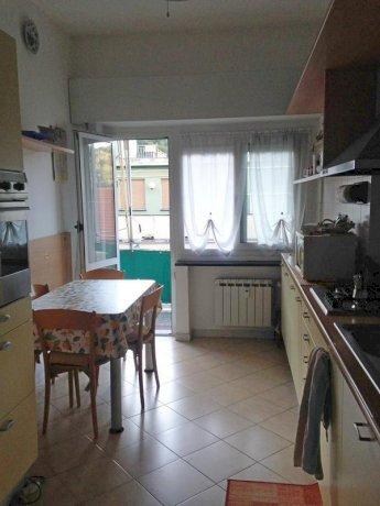 Foto 10 di Quadrilocale Genova