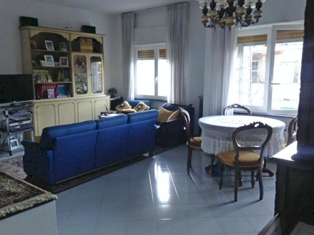 Foto 12 di Quadrilocale Genova