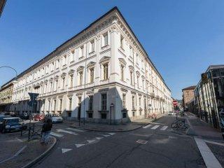Foto 1 di Appartamento via San Francesco da Paola 17, Torino (zona Centro)
