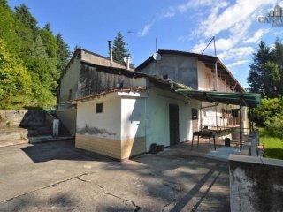 Foto 1 di Casa indipendente strada Provinciale di Canischio-Dir. per Prascorsano, Canischio