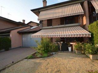 Foto 1 di Villa via Michele Magone, Carmagnola