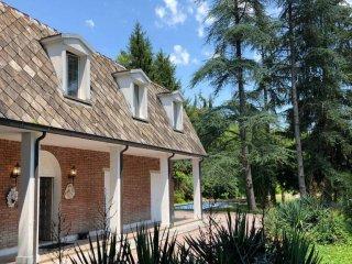 Foto 1 di Villa via Landa, frazione Calderino, Monte San Pietro