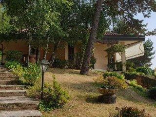 Foto 1 di Villa via verdi, Roletto