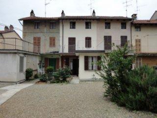 Foto 1 di Casa indipendente Bozzole