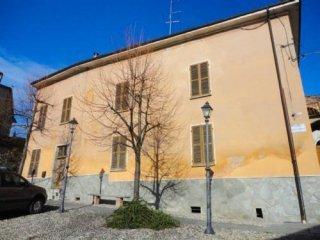 Foto 1 di Casa indipendente Camagna Monferrato