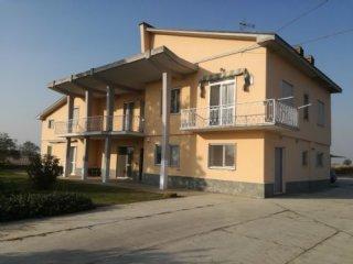 Foto 1 di Villa VIA COSTALUNGA, Borgo San Martino