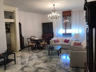 Foto 1 di Appartamento piazza Aurelio Saffi, Savona