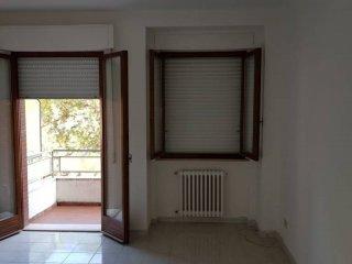 Foto 1 di Appartamento largo Europa, Jesi