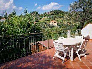 Foto 1 di Villa via Melina, 3, Celle Ligure