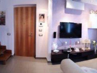 Foto 1 di Appartamento strada Budellungo, Parma