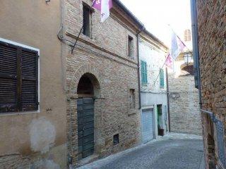 Foto 1 di Casa indipendente corso Giuseppe Garibaldi 1, Treia