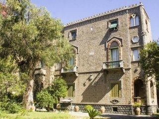 Foto 1 di Appartamento via Immacolata, Portici