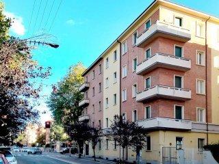 Foto 1 di Trilocale via Giuseppe Mezzofanti, Bologna (zona Murri)