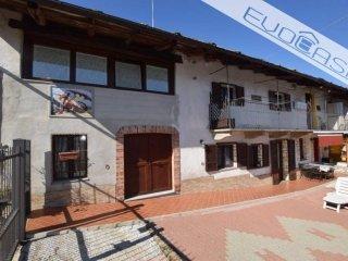 Foto 1 di Villa via San Vincenzo 53, frazione Famolasco, Bibiana
