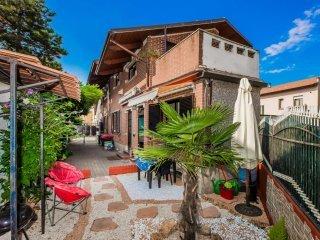Foto 1 di Porzione di casa via Bassano, Collegno