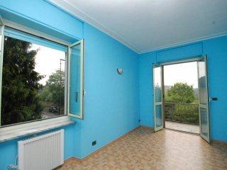 Foto 1 di Bilocale strada Castello di Mirafiori 119, Torino (zona Mirafiori)
